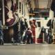Füße in vollbesetztem Bus (Copyright: Free_Photos via Pixabay)